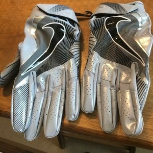 Nike Accessories - Nike VAPOR JET 4 PE Football Receiver Gloves Gray